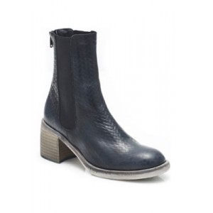 Free People Essential Chelsea Boots BLACK Wide - Women's Boots outfits HFLZ458
