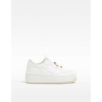 Bershka platform retro sneakers with bejewelled lace in white Lifestyle online shopping QRQM653