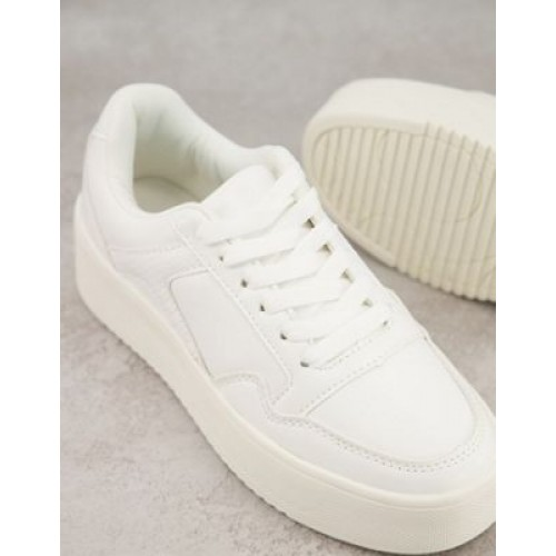 Public Desire Wide Fit flatform sneakers in white outfits GYVE618